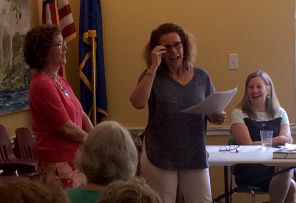 BookCellar Co-Director Ann de Selding paid tribute to Library Director Mary Fiorelli, who is retiring in September.