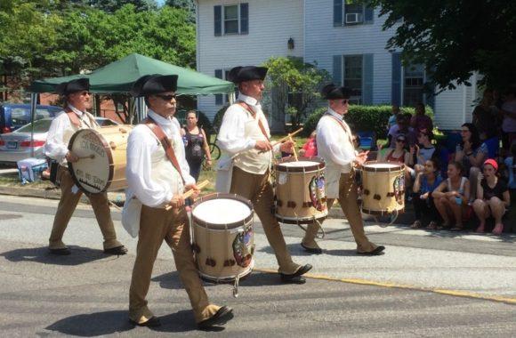 Three_drummers_big_drums