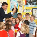 """CT Early Childhood Alliance Names Sen. Linares a 2016 """"Children's Champion"""""""
